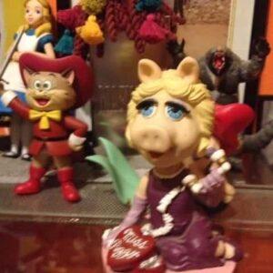 Action Figures, Die-Cast, Lego, Statue